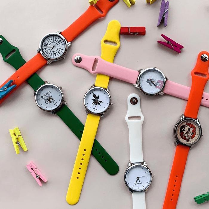 Наручные часы AW 590